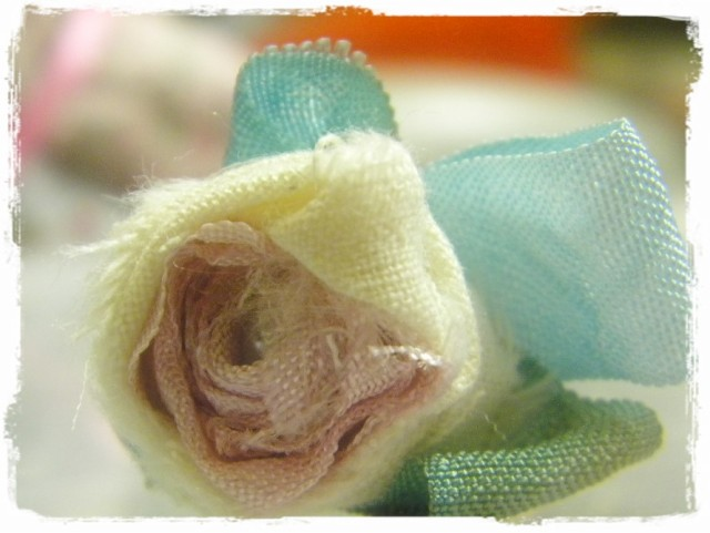 Shabby Rose Pin 1