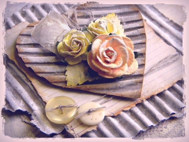 shabby yellow 1
