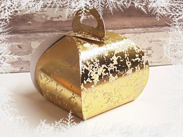 curvy-keepsake-box1