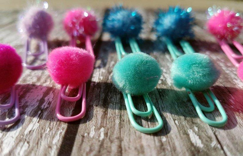 pom pom paper clips 2